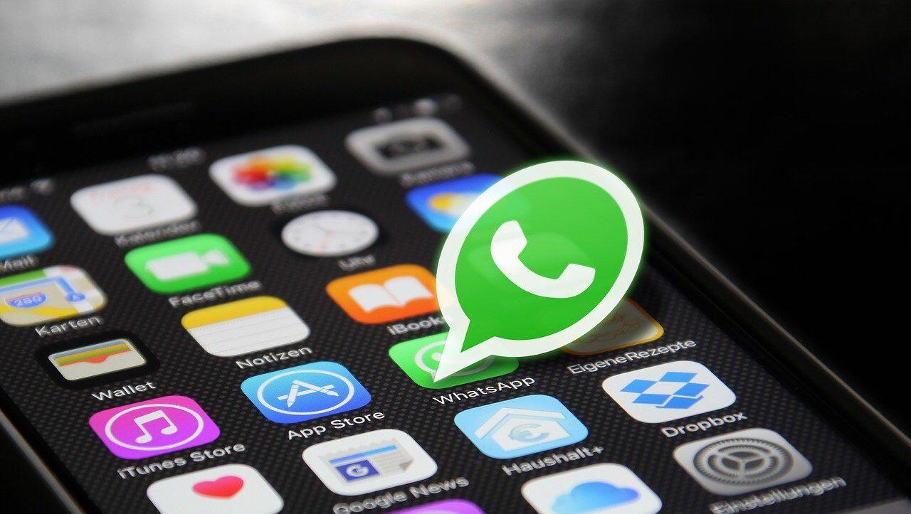 WhatsApp permitiría cambiar el color de la aplicación