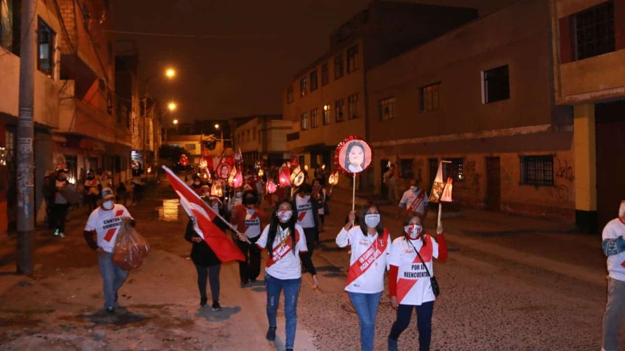 Agreden a comitiva de Keiko Fujimori; hay siete heridos