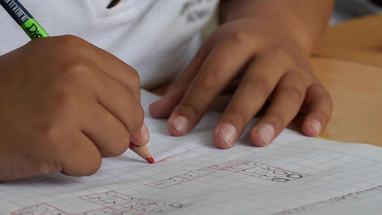 ¿Qué pasará con los alumnos que no regresen a clases presenciales?