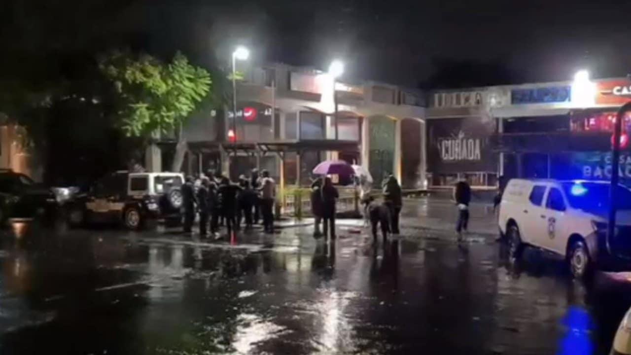 """Ataque en el bar """"Casa Bacacho"""", en Colonia Vista Hermosa, en Cuernavaca (FOROtv)"""