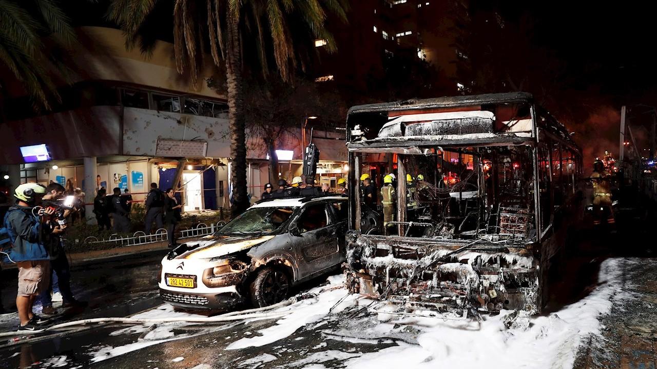 Hamás-lanza-130-cohetes-contra-Tel-Aviv-tras-ataque-israelí