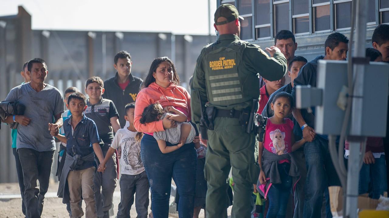 Biden aumenta a 62 mil 500 refugiados admitidos a EEUU