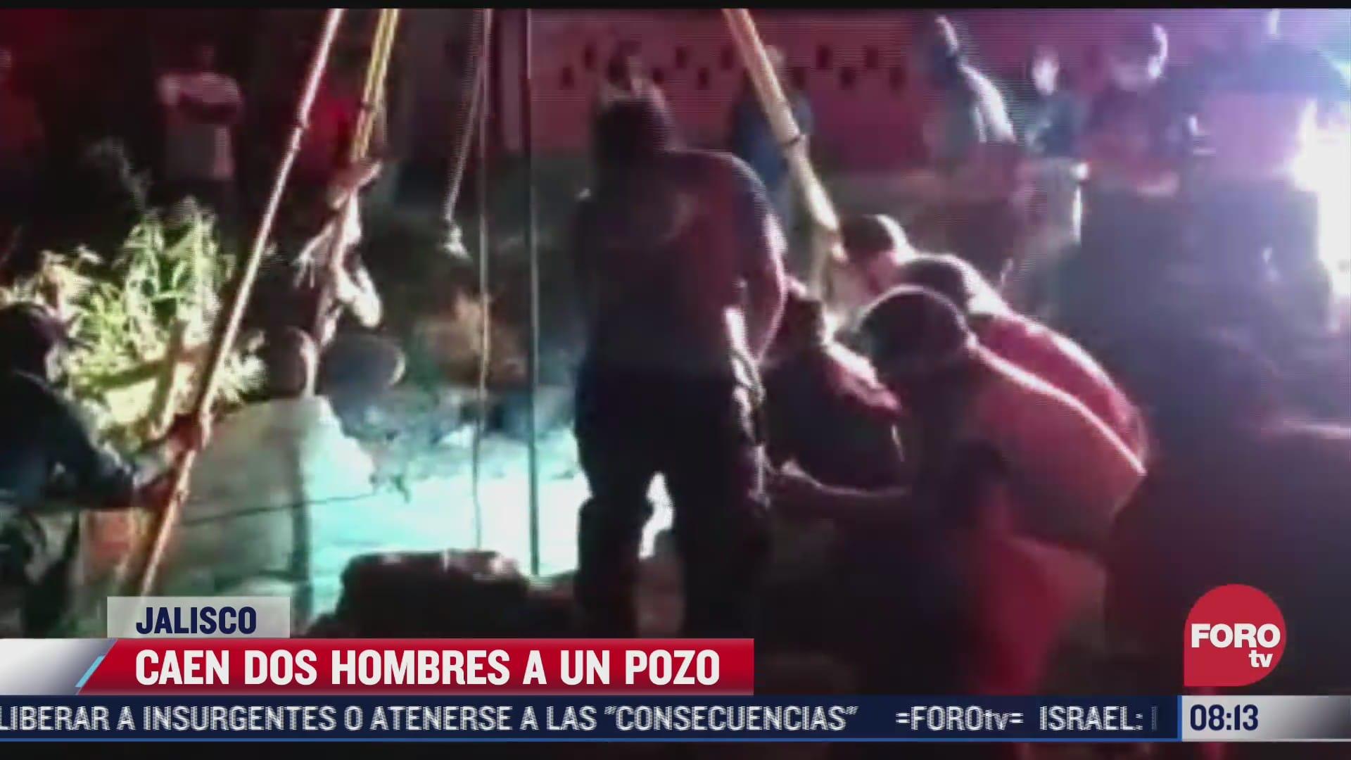 caen dos hombres a un pozo en tlajomulco de zuniga jalisco hay un muerto