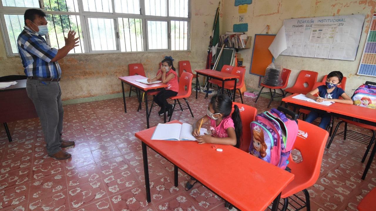 Campeche suspende las clases presenciales por el aumento de COVID-19