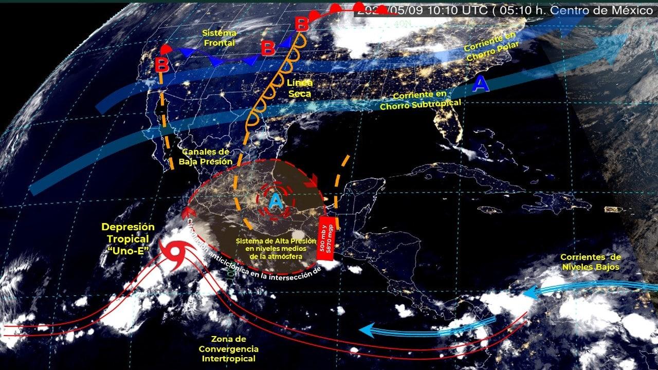 """Se forma la depresión tropical """"UNO-E"""" frente a las costas de Michoacán."""