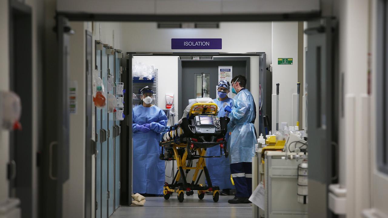 Confunden Accidentado Paciente Covid Vendado