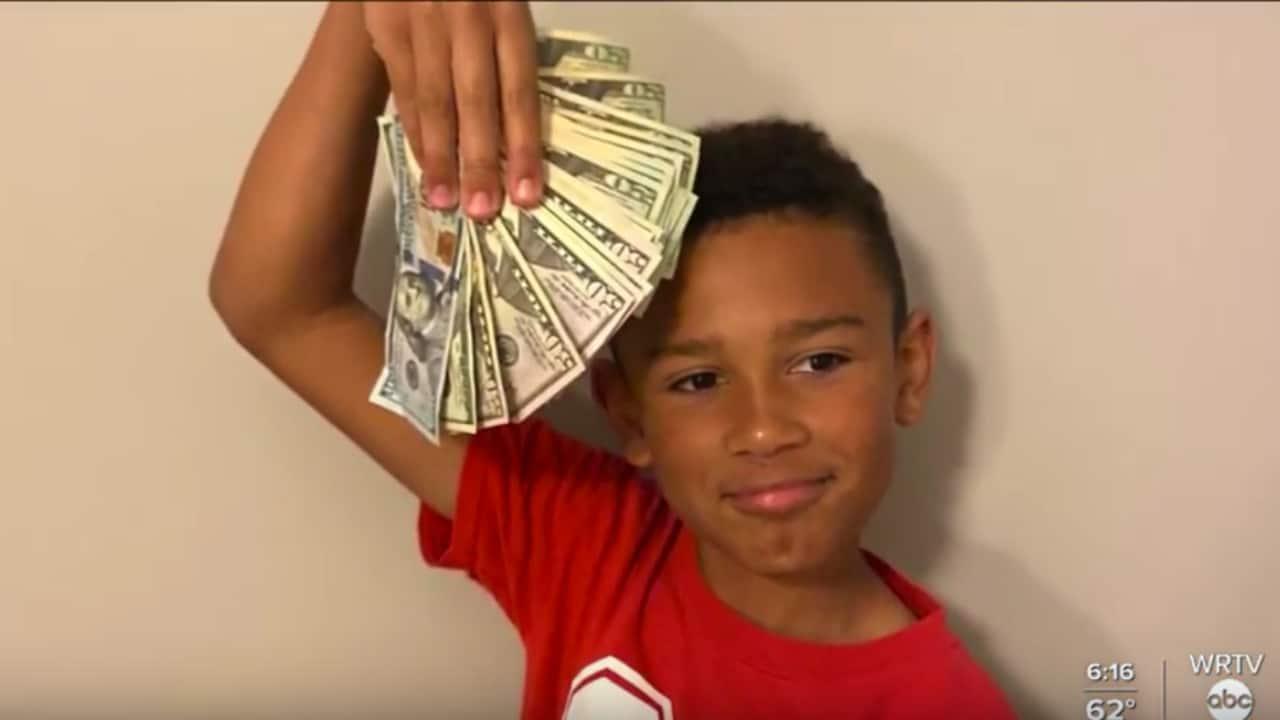 Landon Melvin, niño, dinero, hallazgos, familia, captura de pantalla