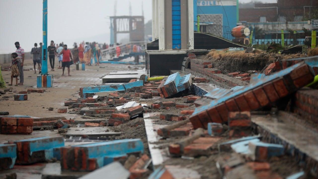 El ciclón Yaas se debilita tras causar 12 muertos en la India y Bangladesh