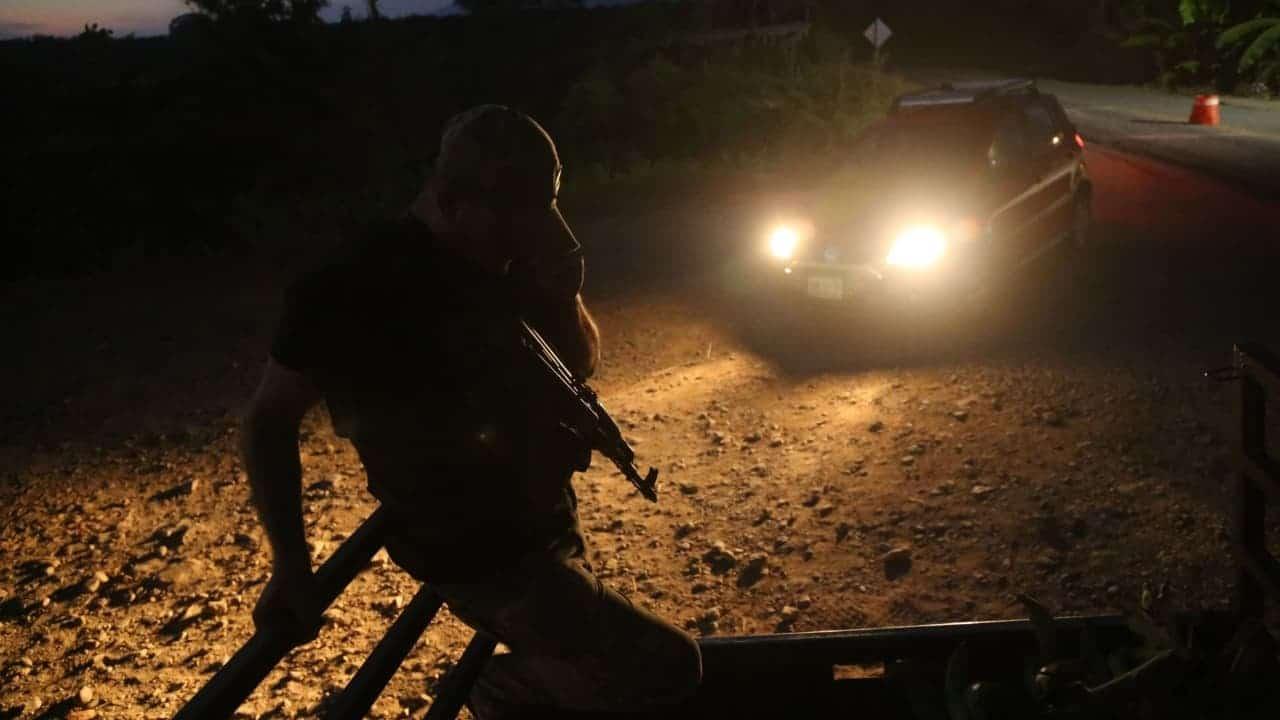 Enfrentamientos y bloqueos se registraron en Chinicuila, Michoacán