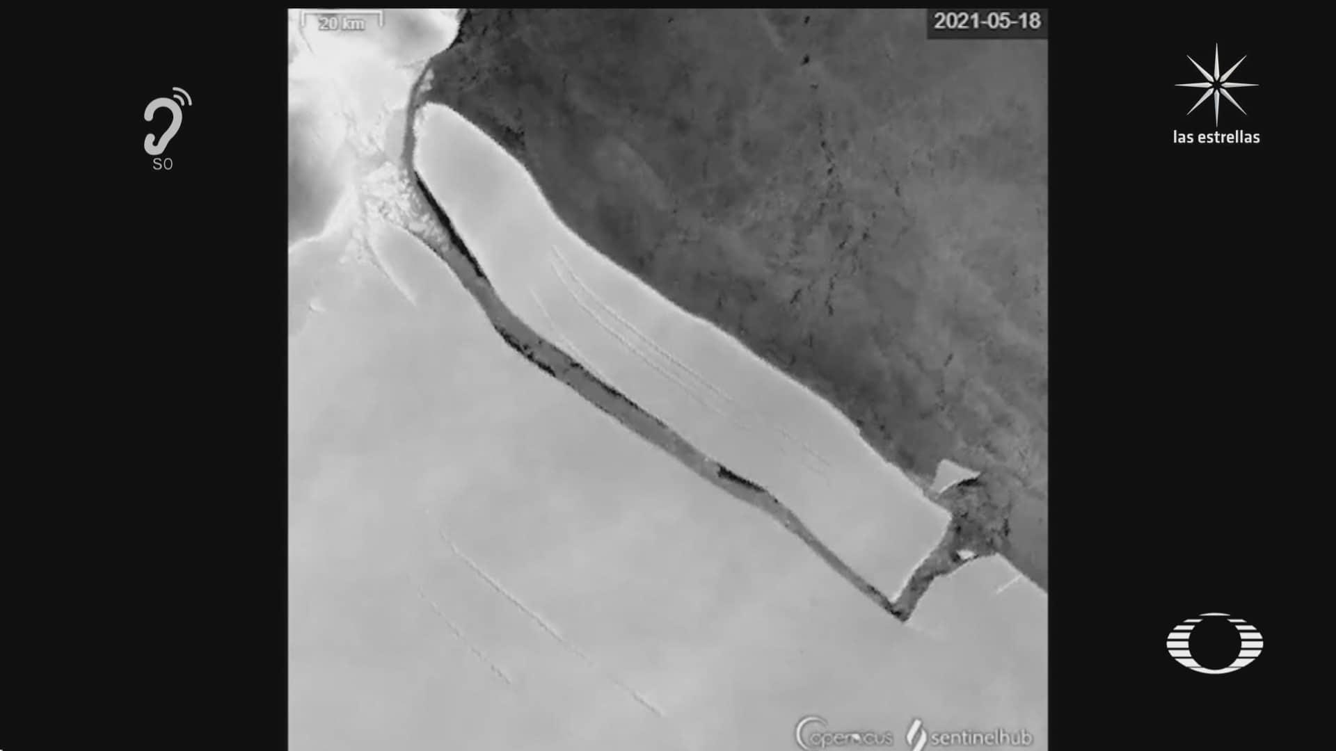 enorme iceberg se desprende de la antartida