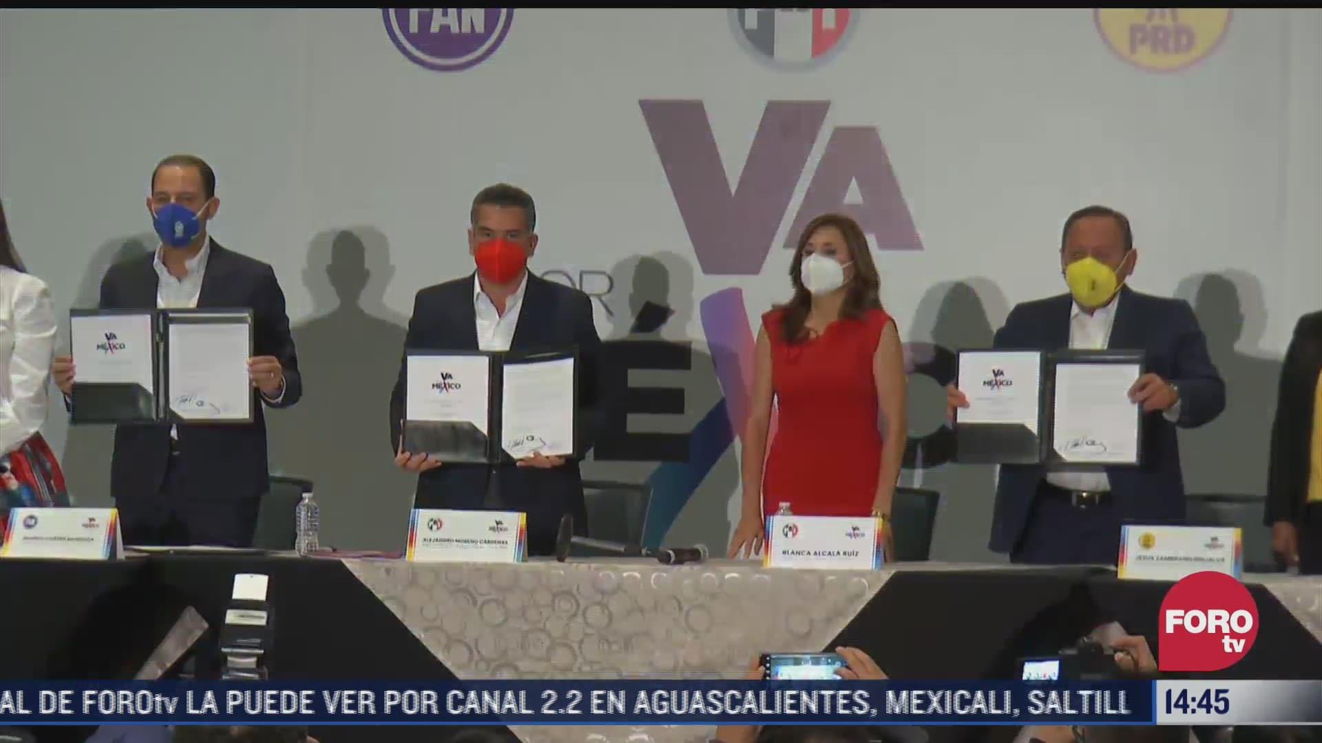 firman la coalicion legislativa va por mexico