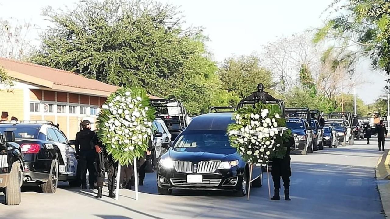 Homenaje póstumo a oficial asesinado en Monterrey (Twitter: @elnacionalred)