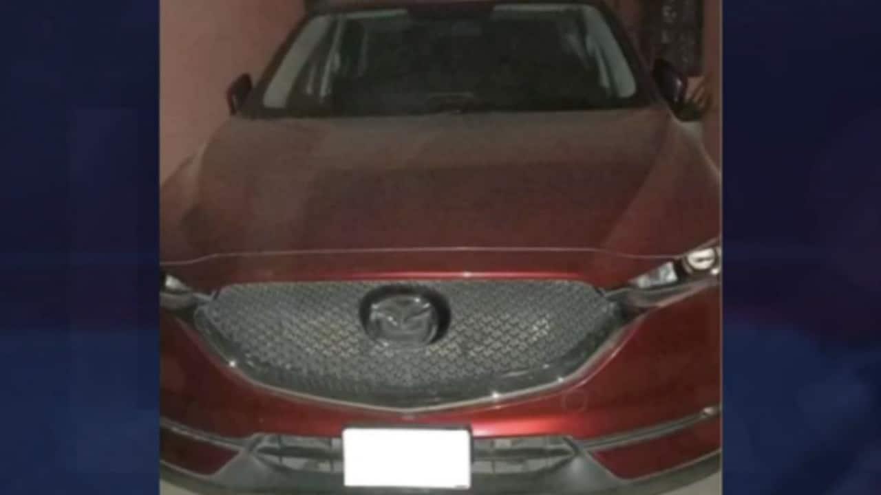 Localizan vehículo que se usó para privar de la libertad a hermanos González Moreno en Jalisco