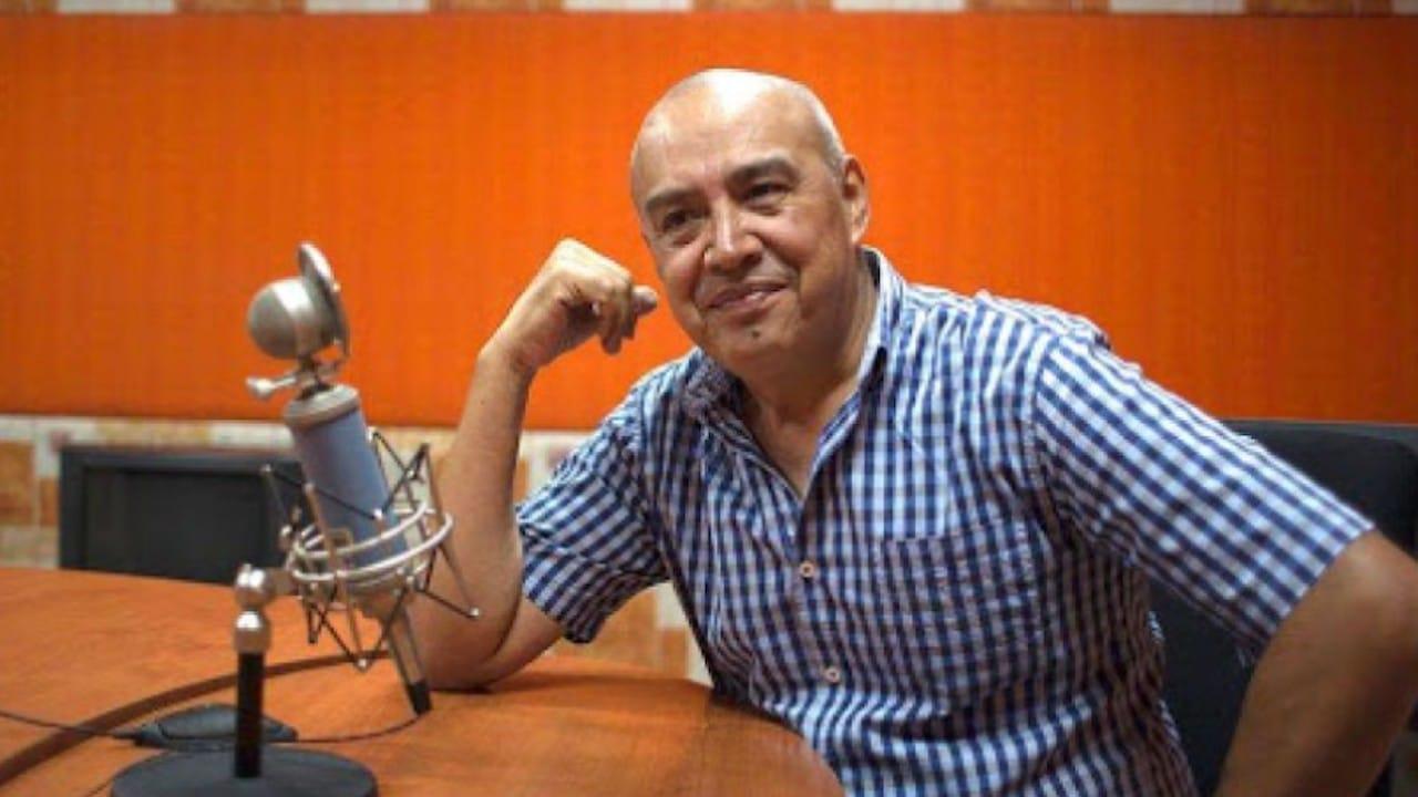 El locutor, Rubén García Castillo (Twitter: @Canal_Estrellas)