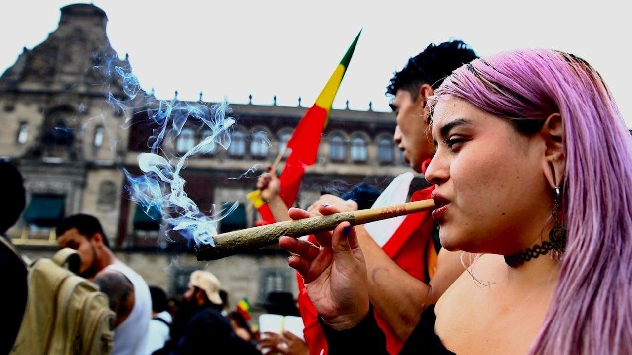 Marchan en CDMX para pedir legalización de la marihuana