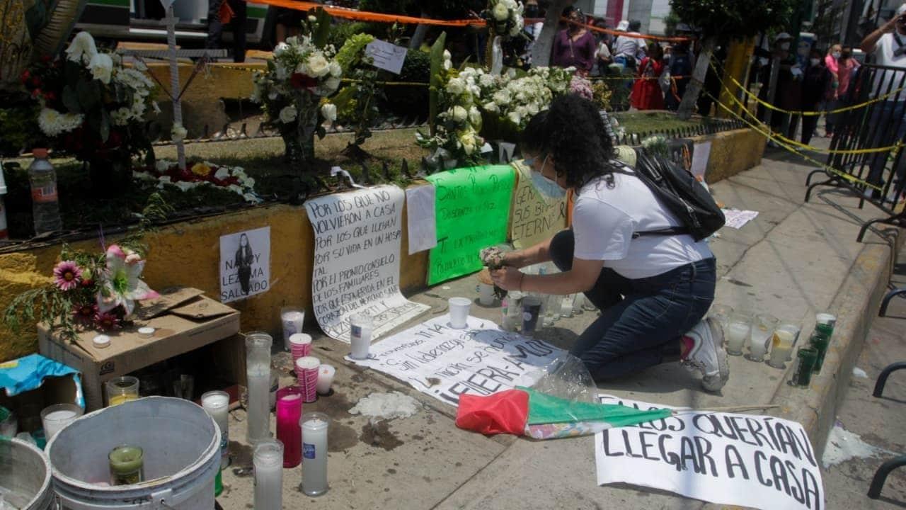 Memorial de la L12, vecinos honran a las víctimas del colapso
