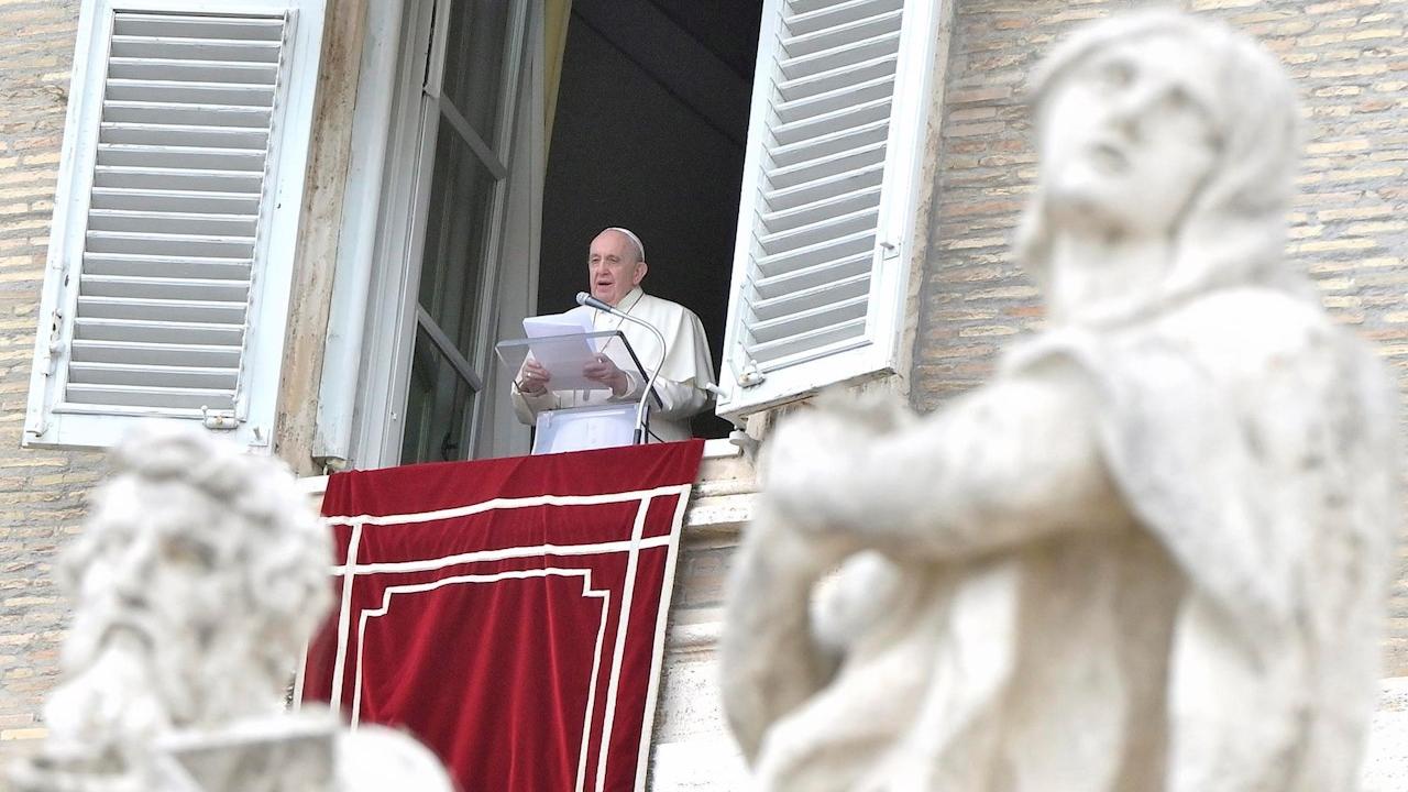 Papa Francisco expresa su preocupación por los enfrentamientos en Colombia