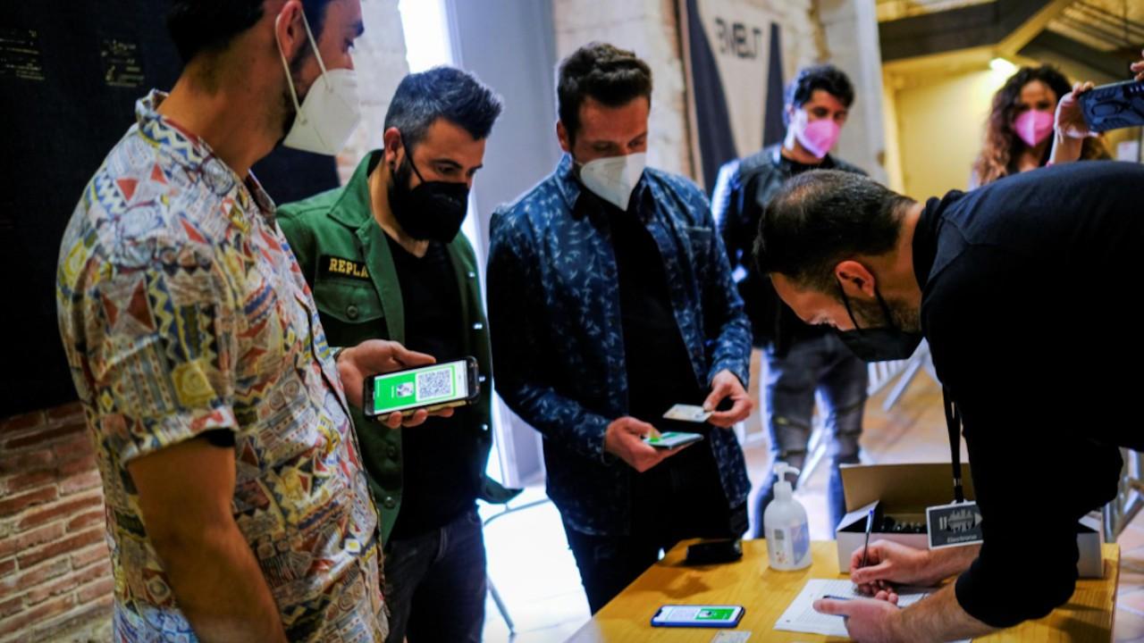 Se proporcionó un esquema piloto de pase de salud digital en la iniciativa Open Girona, en España (Reuters)