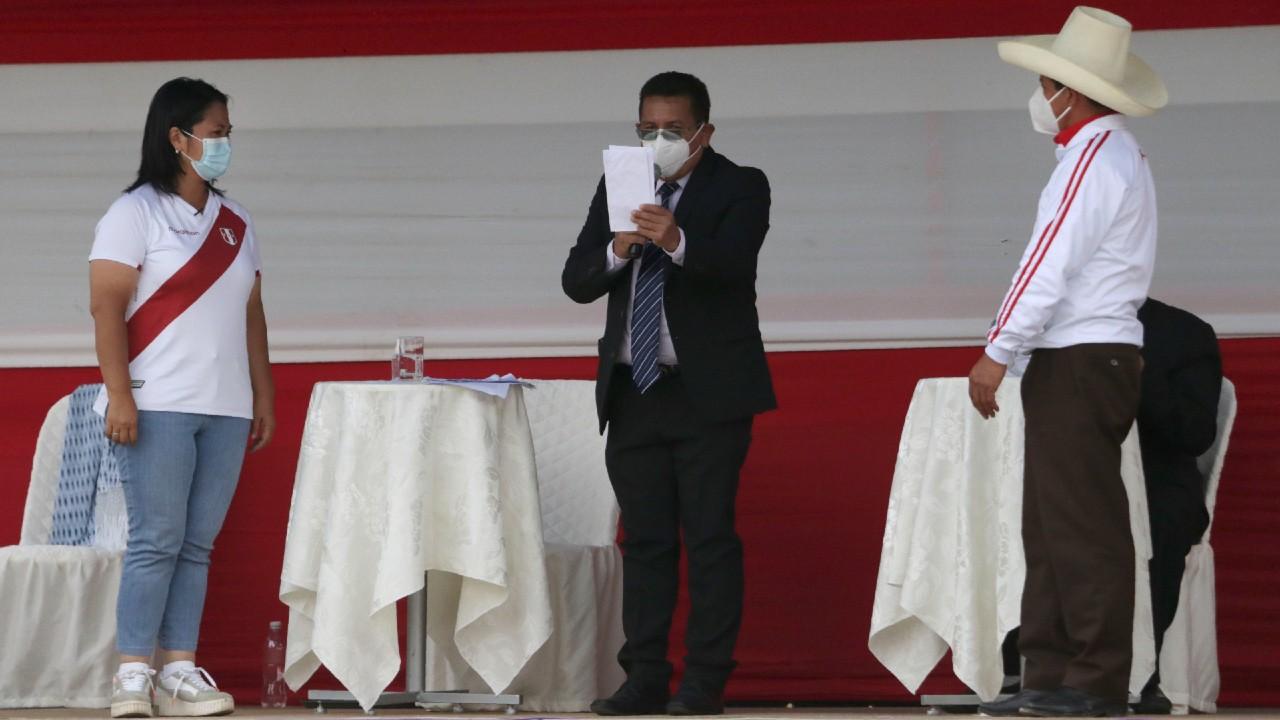 Pedro Castillo y Keiko Fujimori debaten para la presidencia de Perú