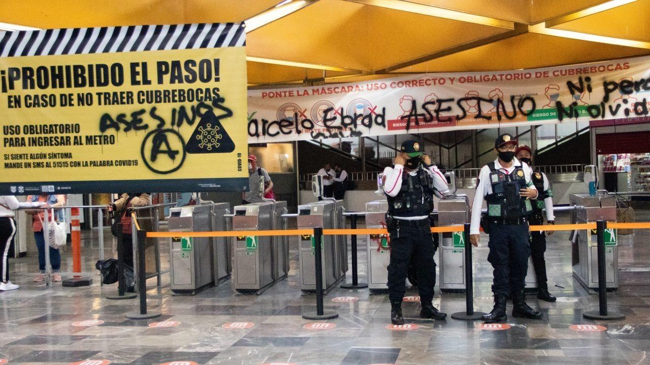 Feministas-protestan-en-el-Metro-por-accidente-en-L12