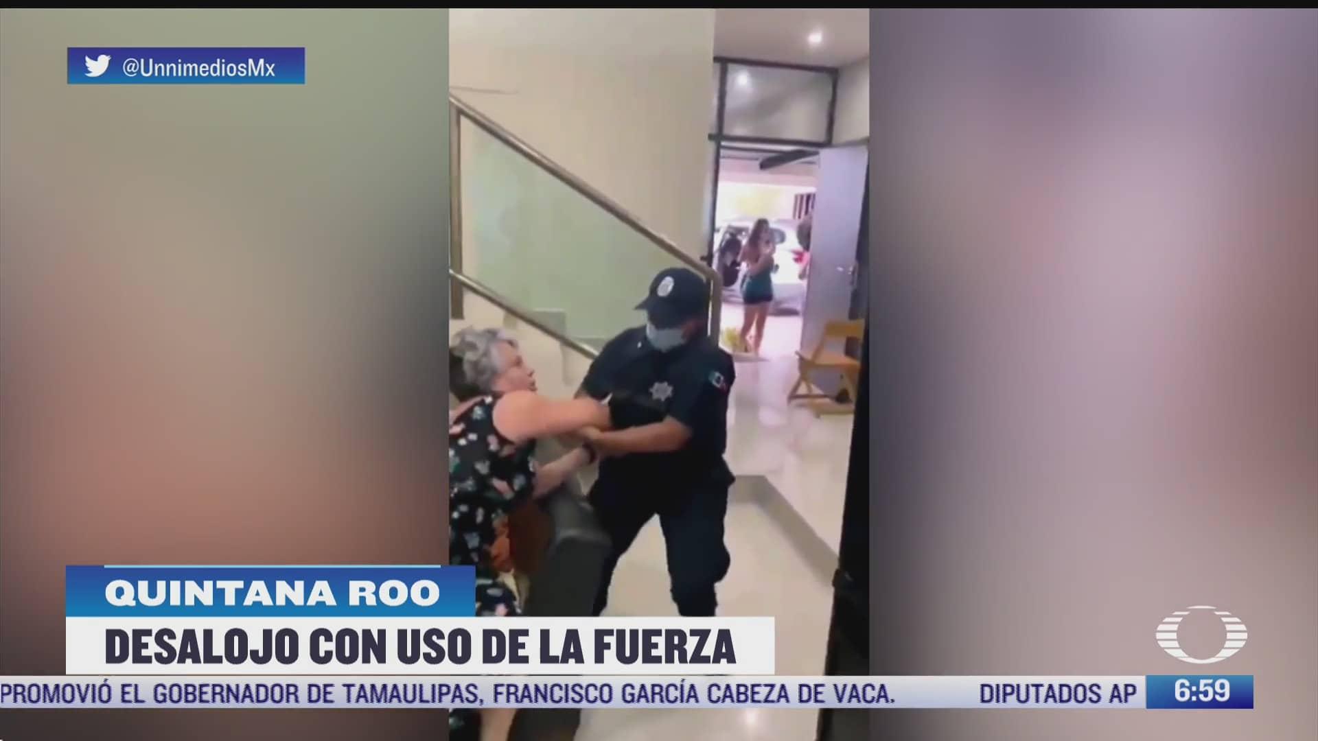 policias de cancun desalojan a la fuerza a una abuelita de su casa