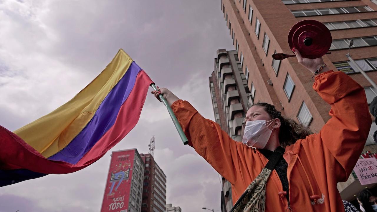 Manifestantes en Colombia contra políticas de Iván Duque (Getty Images)