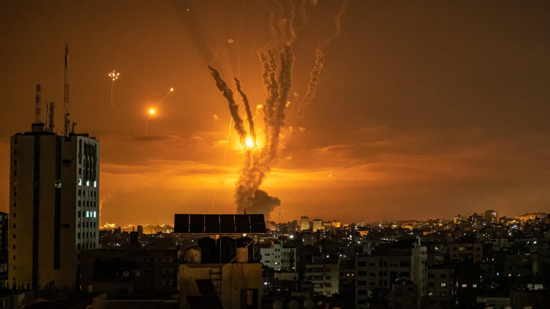 Continúan los bombardeos nocturnos del ejército israelí en Gaza