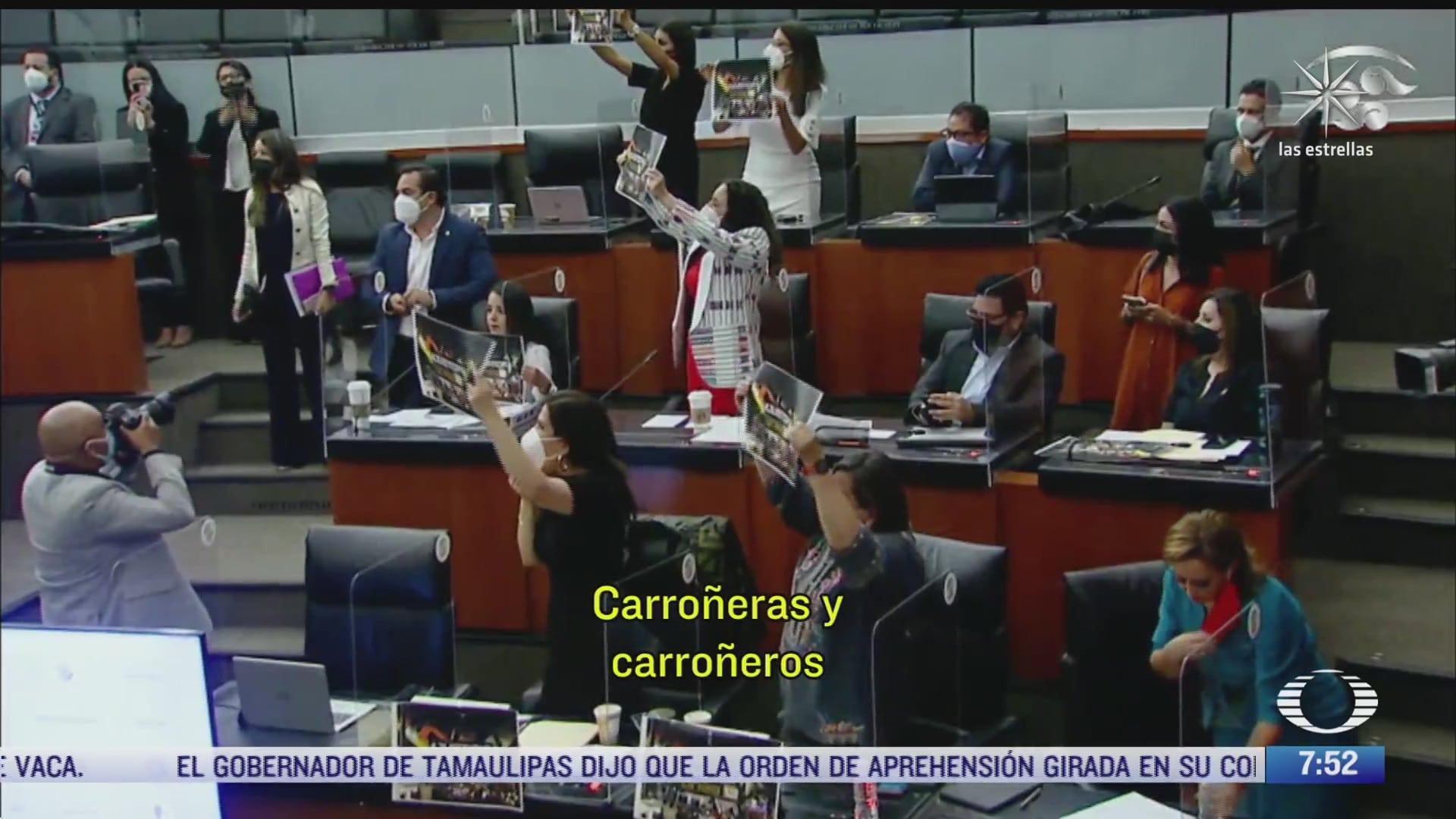 senadores del pan y morena se enfrentan a gritos por la tragedia en la l12 del metro