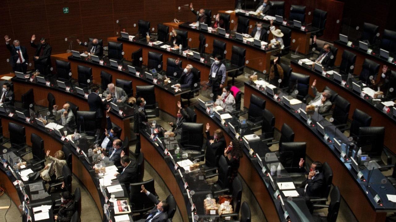 PT-propone-reformas-para-desaparición-de-poderes-en-estados