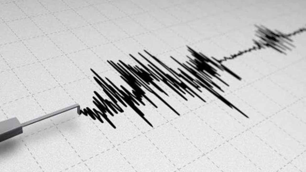 Un sismo de magnitud 6.6 sacude la isla indonesia de Sumatra