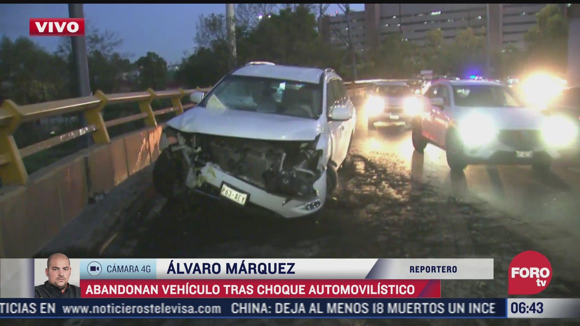 abandonan vehiculo tras choque automovilistico en circuito interior cdmx