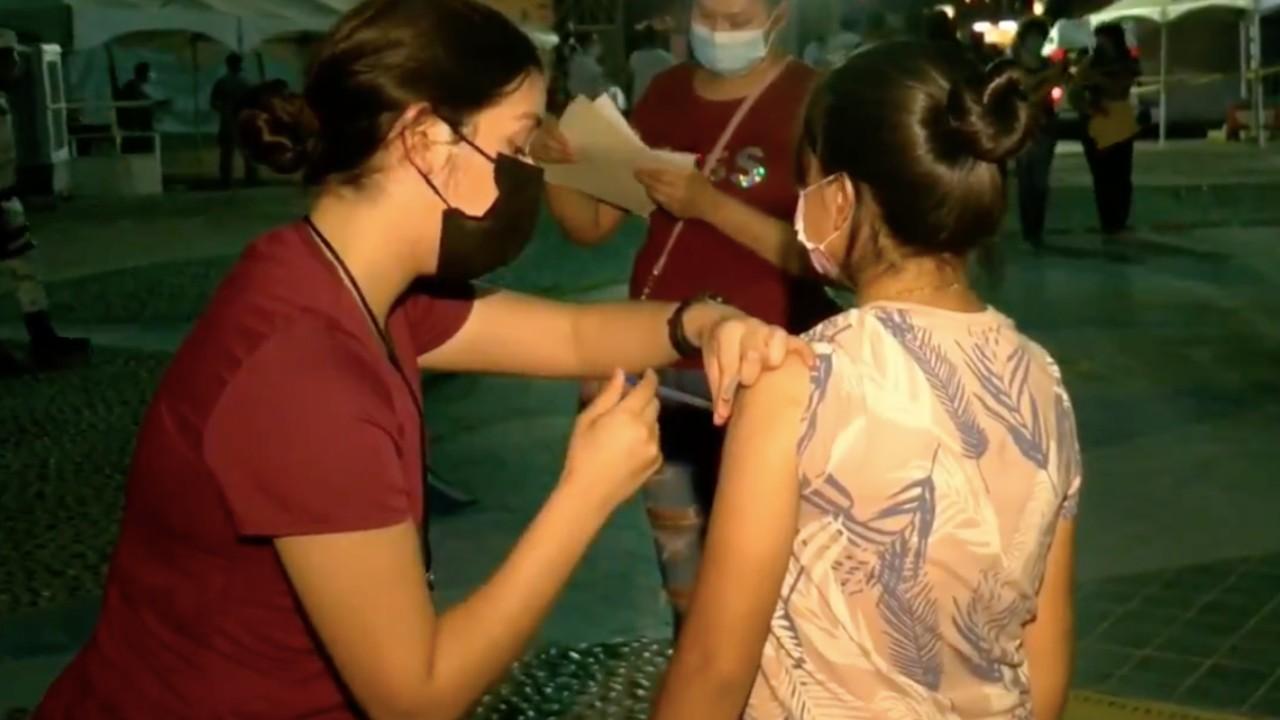 Acuden pocas personas a vacunarse contra COVID-19 en Mexicali, BC