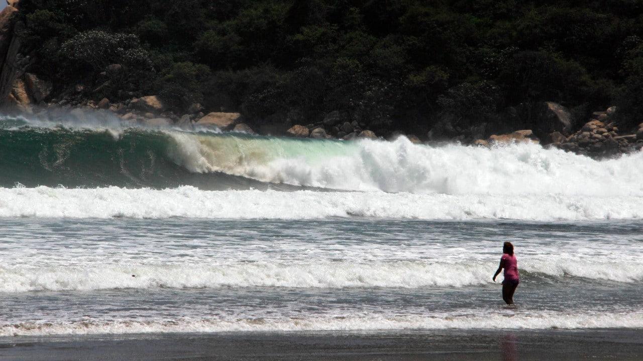 Alertan por marejadas y corrientes de arrastre en Guerrero