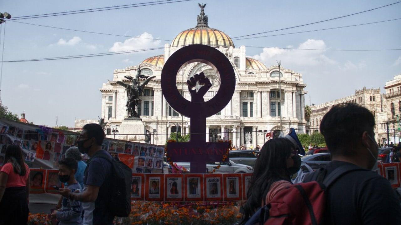 antimonumenta, marcha, feminismo, feminicidio, violencia de género