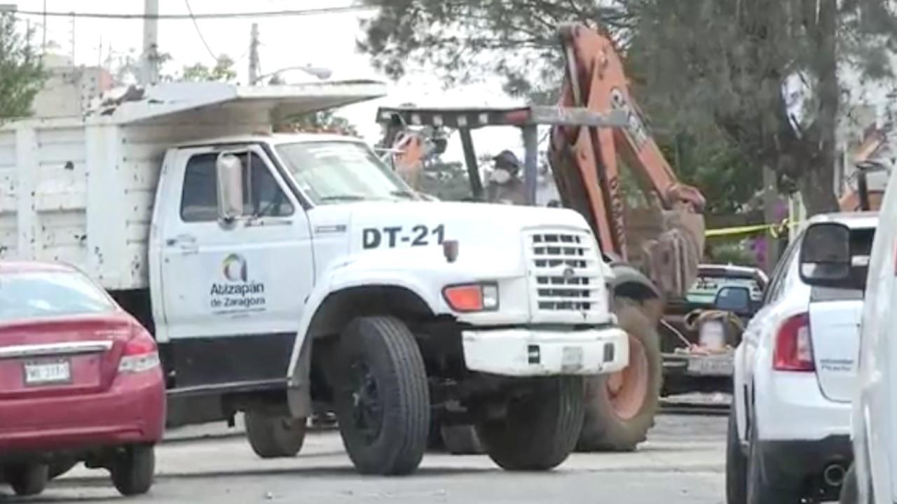 """Excavaciones en la casa de Andrés """"N"""", en Atizapán, Estado de México (EFE)"""