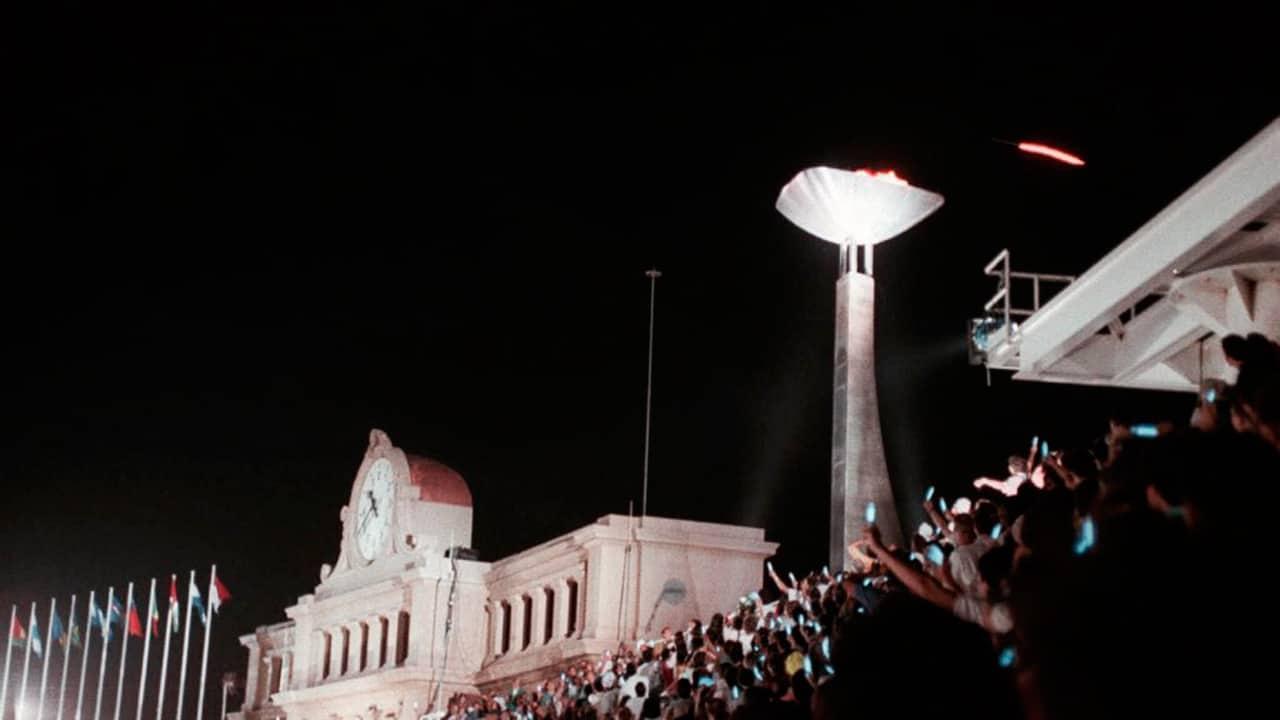 Barcelona 92: inauguración de los Juegos Olímpicos con la flecha y pebetero como protagonistas