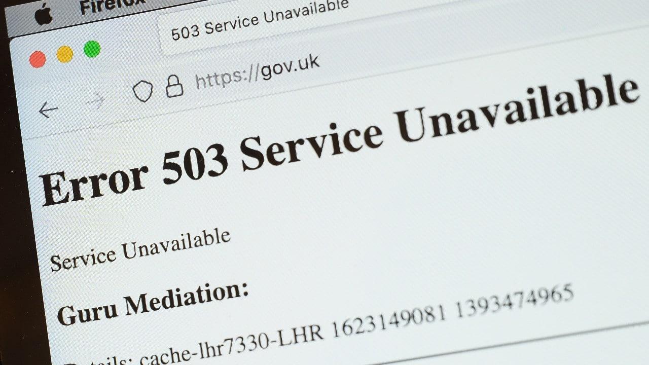 Caen páginas de medios de comunicacion, Casa Blanca, Gobierno británico, Reddit y PayPal a nivel mundial
