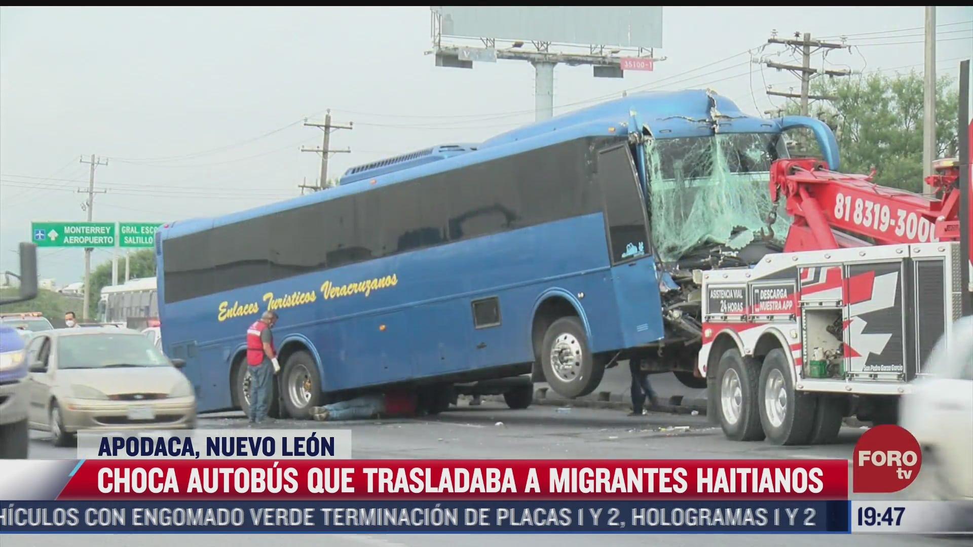 choca autobus que trasladaba a migrantes haitianos en apodaca nuevo leon