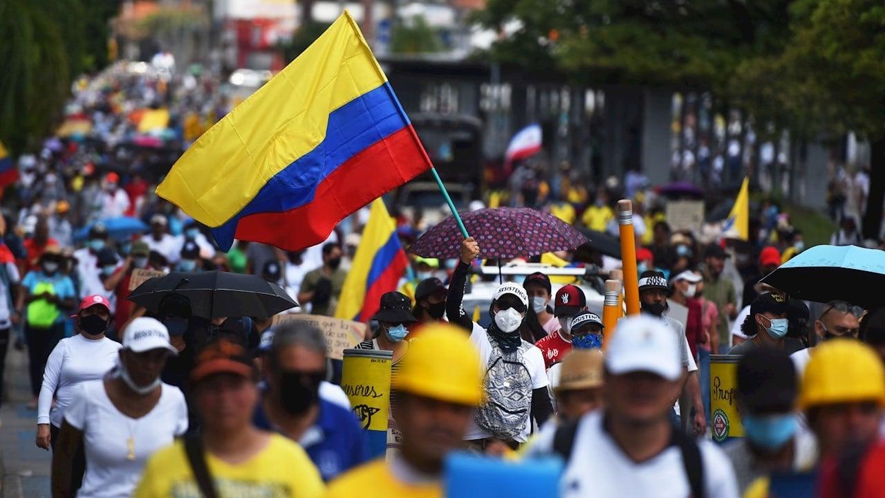 Colombia debe reconocer responsabilidad en violaciones a derechos humanos: Ernesto Samper