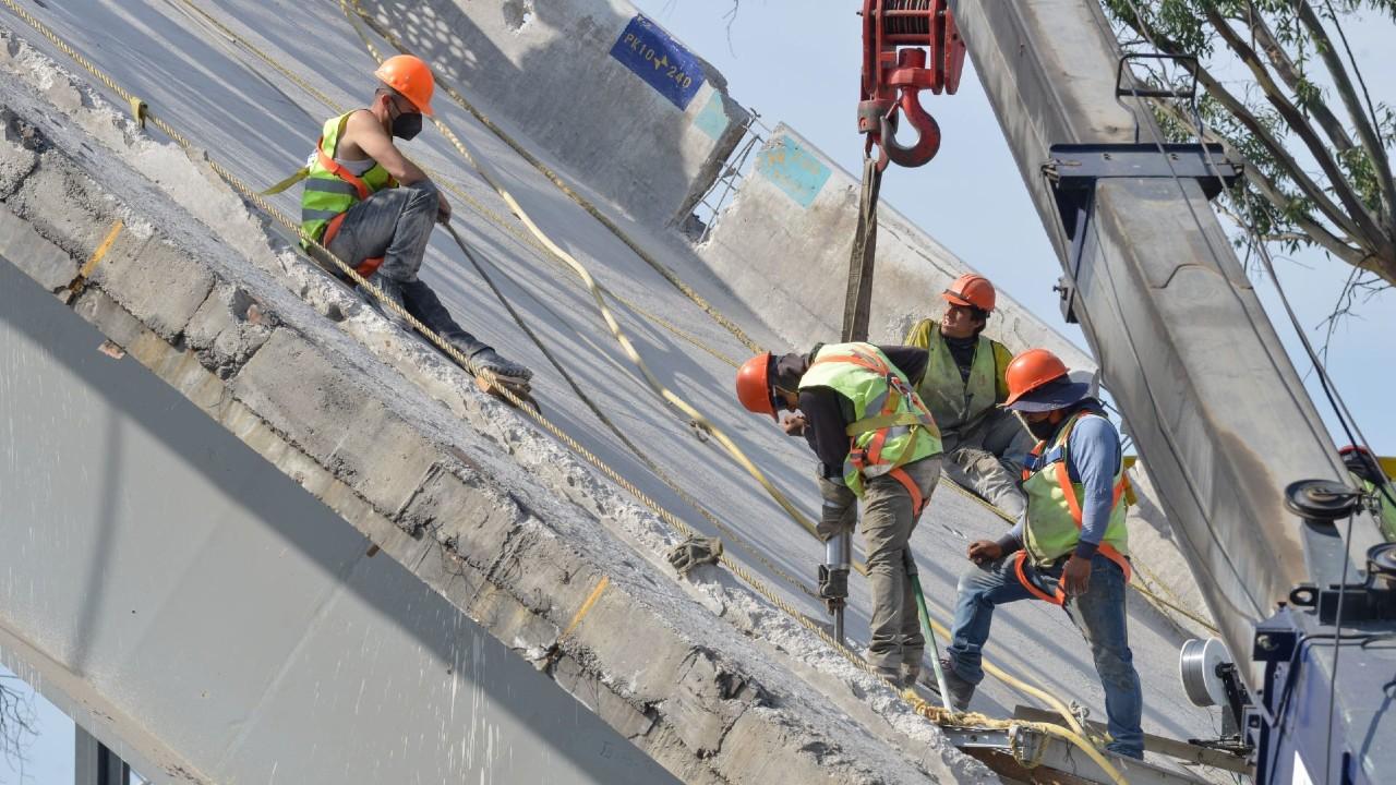 Continúan trabajos de remoción en zona del accidente de la L12 del Metro