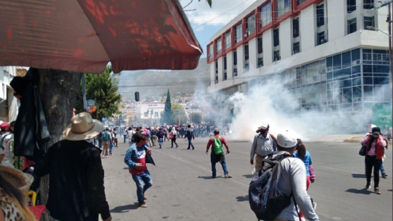 Investigan-enfrentamiento-entre-policías-y-pobladores
