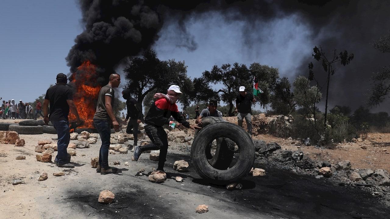 Muere adolescente en Cisjordania por disparos israelíes