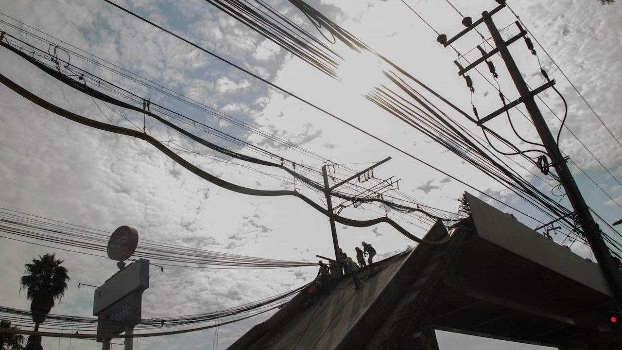 Trabajados de peritajes y remoción de escombros en la zona colpsada del metro Olivos (Cuartoscuro, archivo)