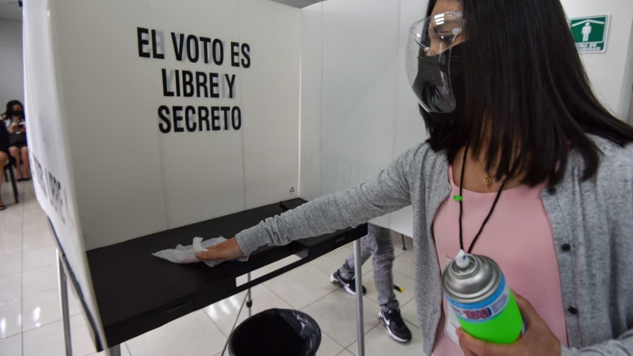 Expertos mexicanos en medicina desarrollaron protocolo sanitario para elecciones 2021