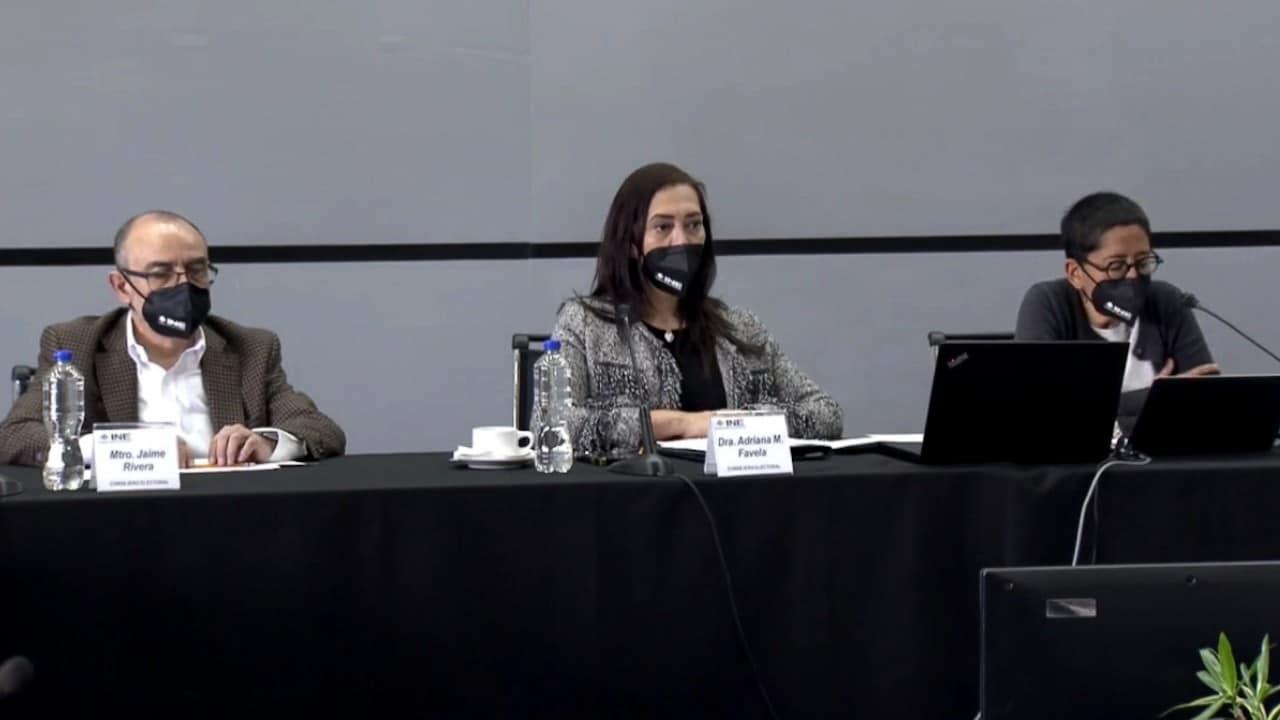 Comisión de Fiscalización del INE durante sesión, 16 de junio de 2021 (Twitter: @INEMexico)