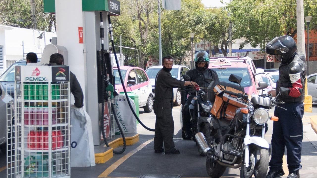 Este domingo 6 de junio, el precio de la gasolina en CDMX es de 20.93 pesos por litro de magna, 22.67 la premium, y el diésel 21.66