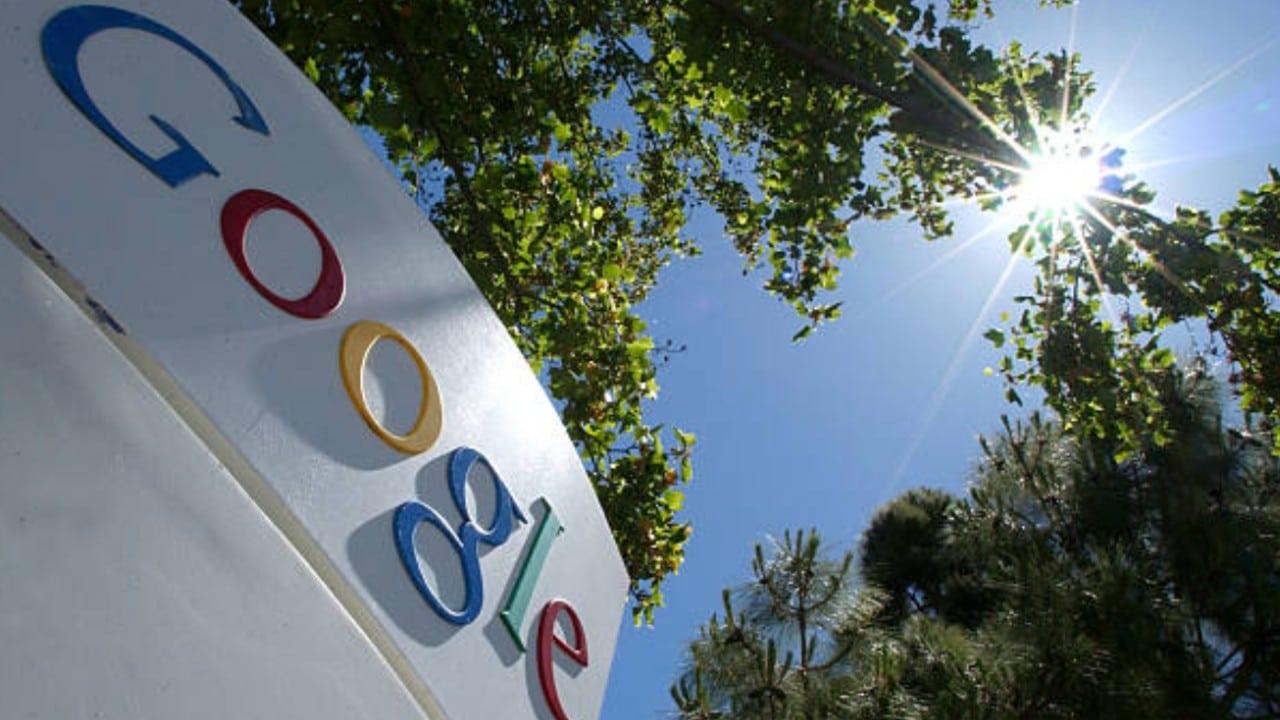 Francia multa a Google con 220 mde por abuso en la publicidad en línea
