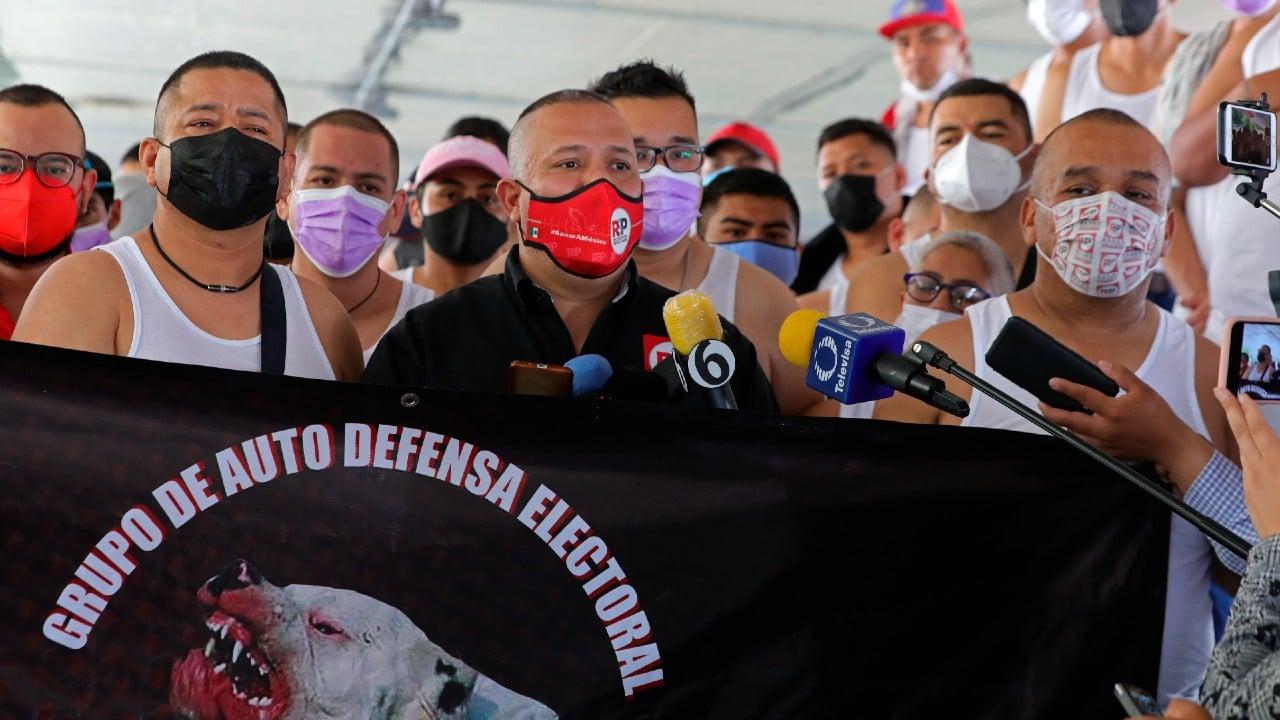 Instituto Electoral de la CDMX ordena suspender a 'Los Mastines'