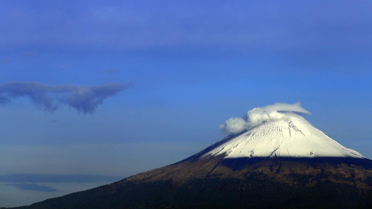 """Investigadores temen que """"enjambre"""" sísmico haga nacer un volcán en el país"""