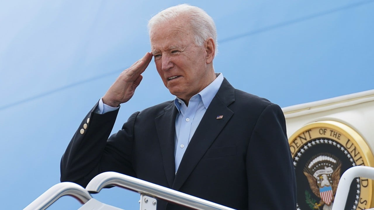 Joe Biden llega al Reino Unido para acudir a la cumbre del G7